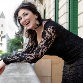 Even the conductor was outraged because of my blonde wig – interview with Karine Babajanyan