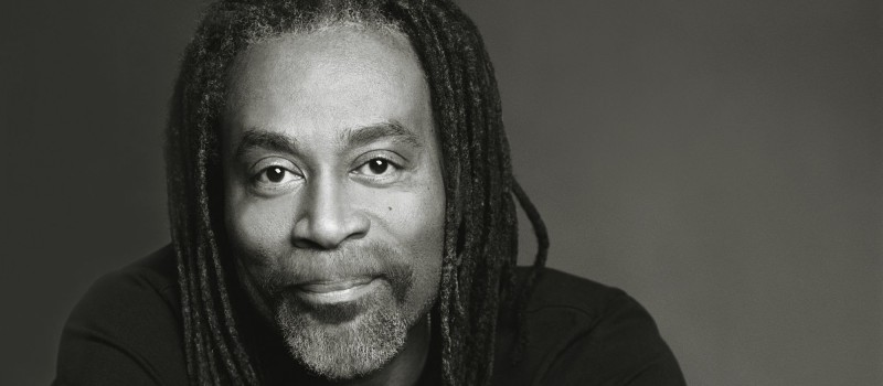 Saturday night fun: sing Don't Worry Be Happy with Bobby McFerrin!