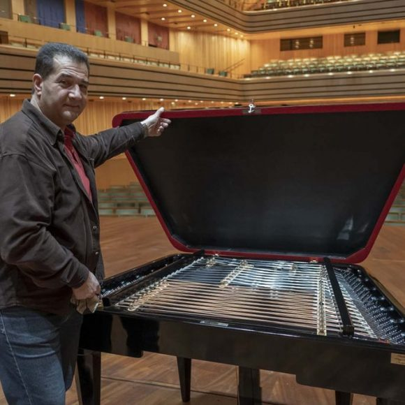 "Instrument making is a wonderful profession, says ""father"" of the new giant cimbalom"